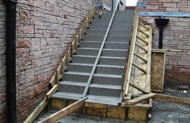 comment fabriquer un escalier en béton